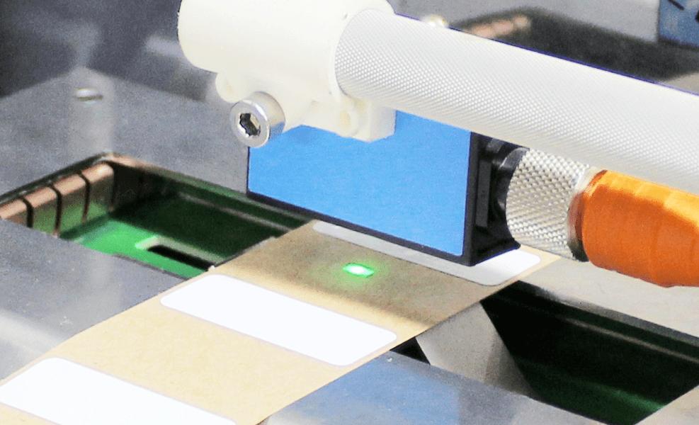 lecteur de contrôle des tags NFC-HF-UHF