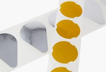 Etik Ouest Converting, conception et fabrication d'étiquettes techniques et RFID, étiquettes et pièces souples, étiquette isolant mince, étiquette isolante